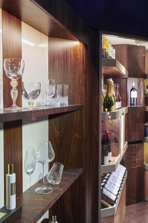 Cantina vini in legno di palissandro